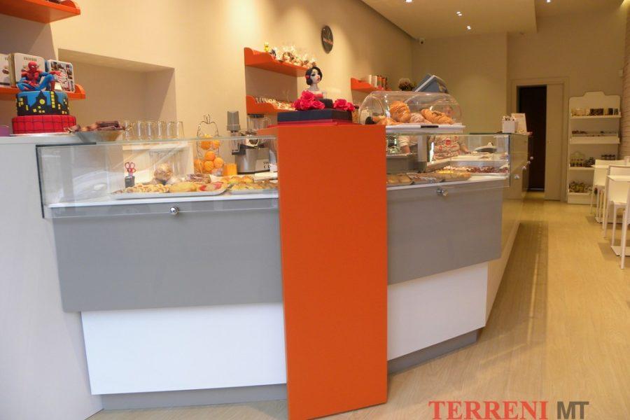 arredamento pasticcerie Milano (1)