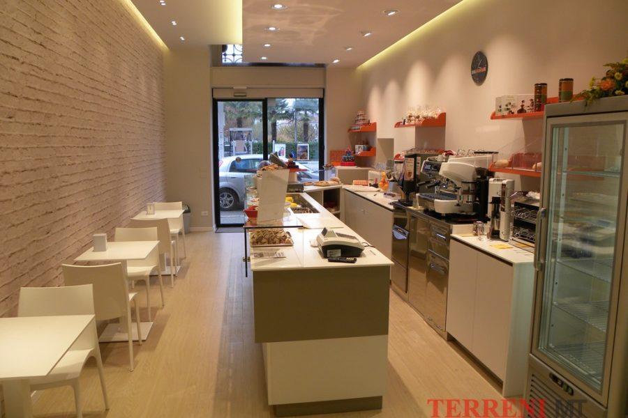arredamento pasticcerie Milano (19)