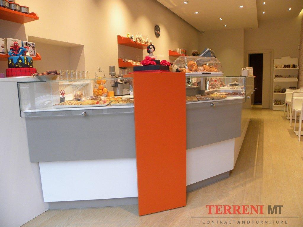 News arredamento negozi ristoranti bar milano e lombardia for Negozi arredamento pavia
