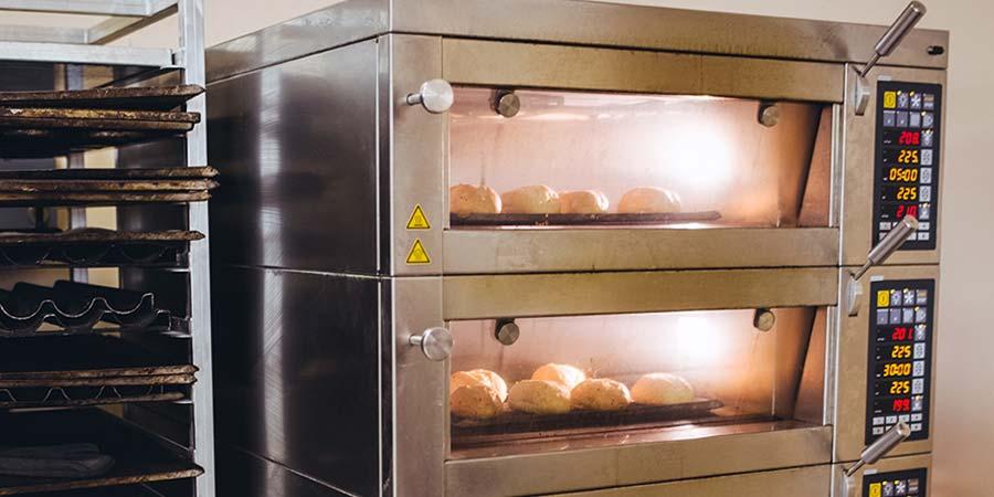 Bilance industriali arredamento negozi ristoranti bar for Arredamenti bar bergamo