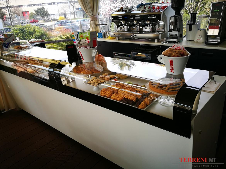 News arredamento negozi milano for Negozi arredamento bergamo