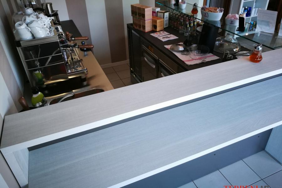 arredamento negozi milano (14)