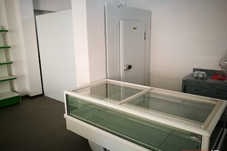 banchi frigo celle frigorifere scaffalature banco cassa (6)