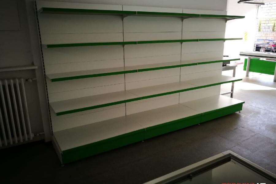 scaffalature negozio milano (5)
