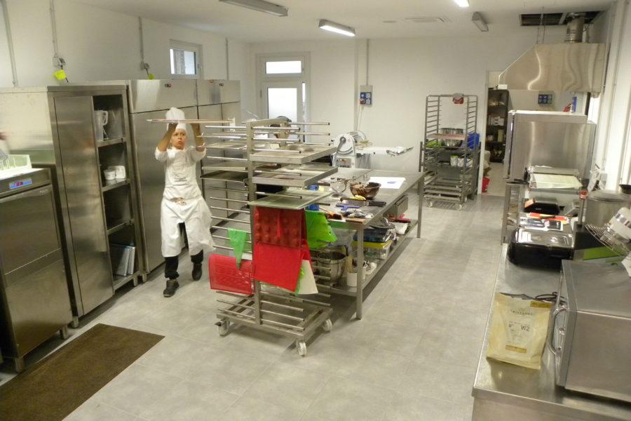 Arredamento pasticcerie Lombardia (16)